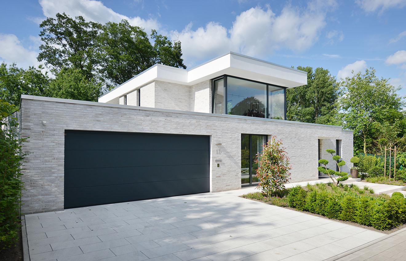 Haus schlottbom architekten spiekermann for Modernes haus dach